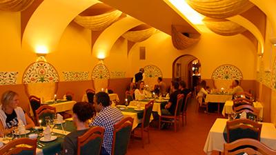 Indická restaurace Taj-Mahal, kompletní rekonstrukce.